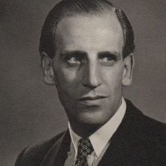 Max Adrian Image