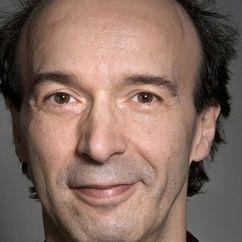 Roberto Benigni Image