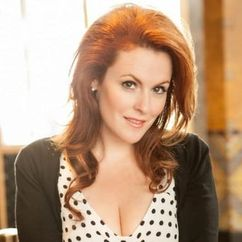 Kristina Hayes Image