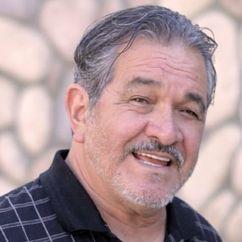 Thomas Rosales, Jr. Image