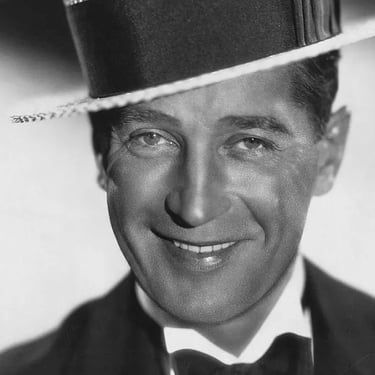 Maurice Chevalier Image