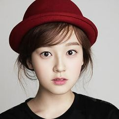Yoon Ye Joo Image