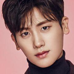 Park Hyung-sik Image