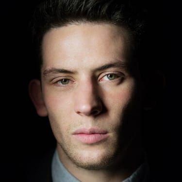 Josh O'Connor Image