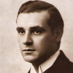 Victor Varconi Image
