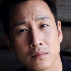 Lee Sun-kyun Image