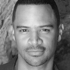 Dondre Whitfield Image