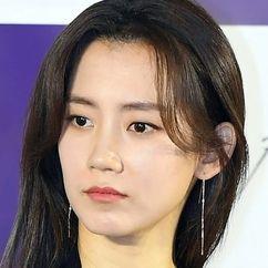 Shin Hyun-bin Image