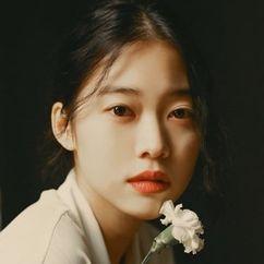 Jung Yi-seo Image
