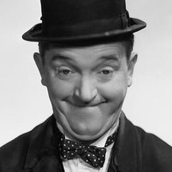 Stan Laurel Image