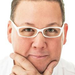 Graham Elliot Image
