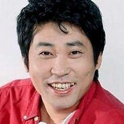 Son Kang-gook Image