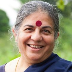 Vandana Shiva Image