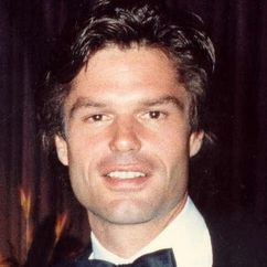 Harry Hamlin Image