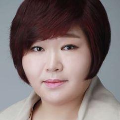 Ko Su-Hee Image
