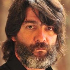 César Troncoso Image