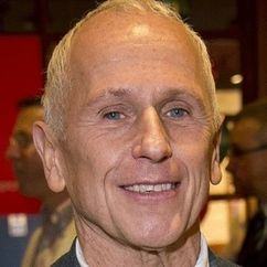 Wayne Sleep Image