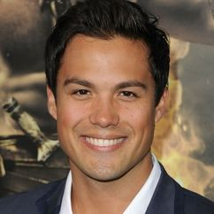 Michael Copon Image