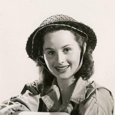 Dorothy Morris Image