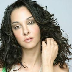 Daniela Amavia Image