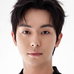 An Woo-yeon Image