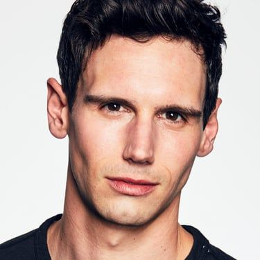 Cory Michael Smith Image