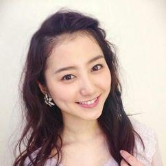 Riho Takada Image