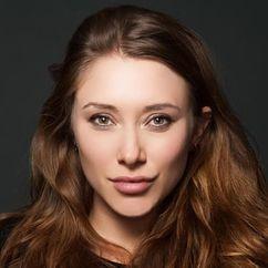 Alexandra Vino Image