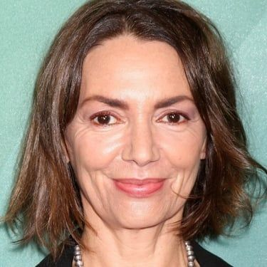 Joanne Whalley Image