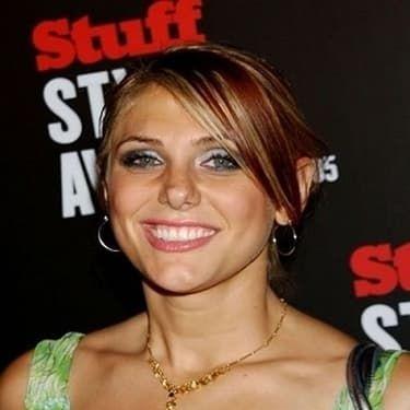 Jenna Lewis Image