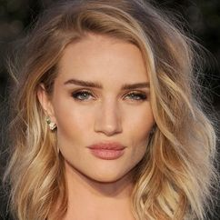 Rosie Huntington-Whiteley Image