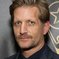 Paul Sparks Image