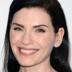 Julianna Margulies Image