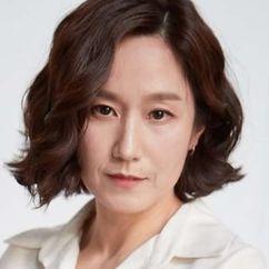 Park Mi-Hyeon Image