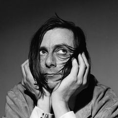 Barry Humphries Image