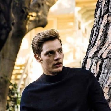 Dominic Sherwood Image