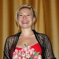 Frida Hallgren Image
