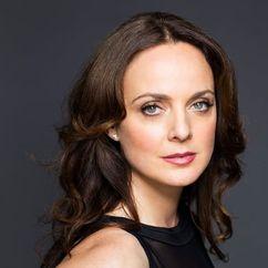 Melissa Errico Image