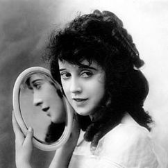 Mabel Normand Image
