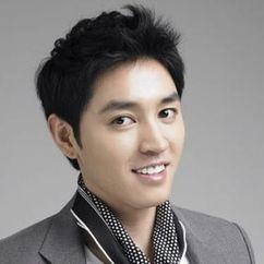 Kim Dong-hee Image