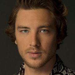 Cody Fern Image