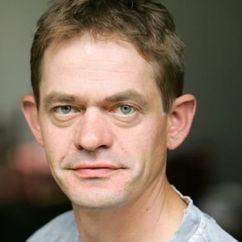 Henning Peker Image