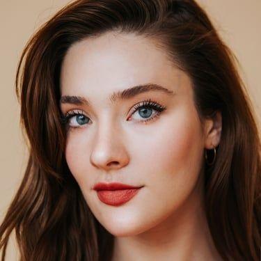 Eva Bourne Image