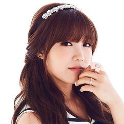 Jung Eun-ji Image