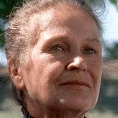 Colleen Dewhurst Image