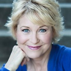 Dee Wallace Image