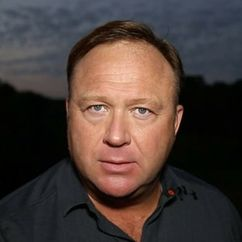 Alex Jones Image