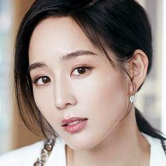 Janine Chang Image