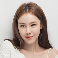 Kim Ye-won Image