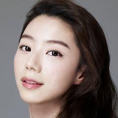 Park Soo-jin Image